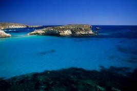 1° posto. Vince la medaglia d'oro l'Isola dei Conigli a Lampedusa, famosa non solo per la sua splendida costa ma anche per le tartaruge Caretta Caretta.. che il merito vada un pochino anche a loro?