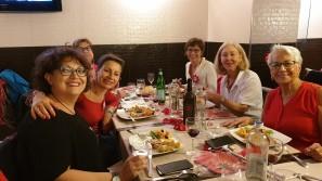 Roberta Giudetti, Giovanna Sica, Luisa, il direttore Angelina Spinoni, Mariù Safier e Luisa.